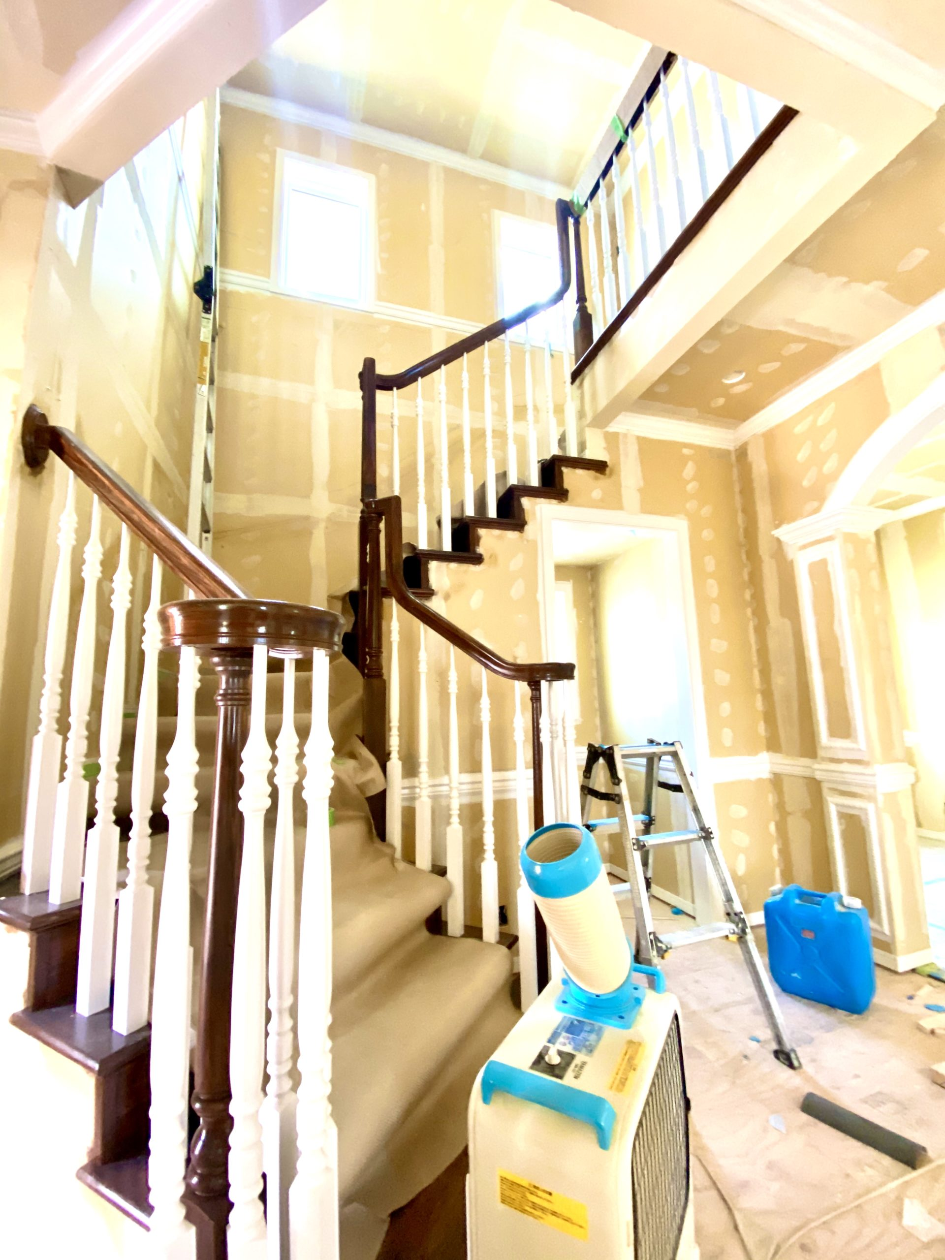 LJ Smith社の階段